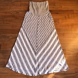 Oh Baby Motherhood Gray Stripe Maxi Dress Medium